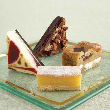 Picture of Perfect Petit Four (4x48)