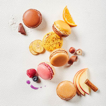 Picture of Mixed Macarons, Autumn & Winter Collection (48x11g)