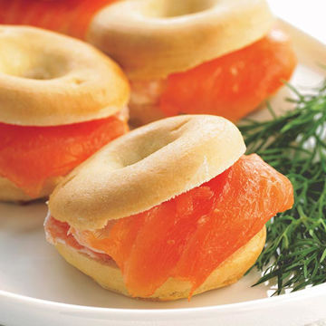 Picture of Smoked Salmon & Cream Cheese Bagels (1x45)
