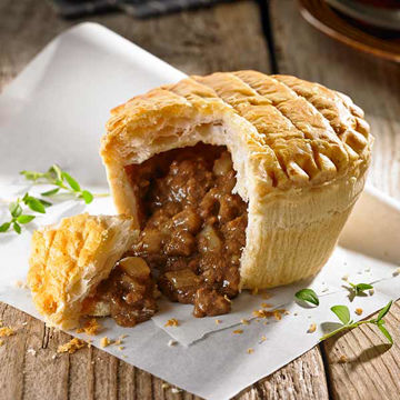Picture of Baked Beef & Onion Pies (12x230g)